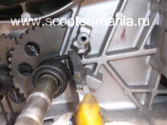 кикстартер-на-скутере-объемом-150-CC-ремонт-устройство-установка-.41