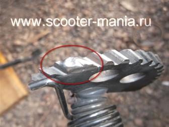 кикстартер-на-скутере-объемом-150-CC-ремонт-устройство-установка-.423234