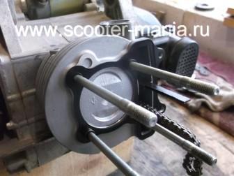 замена-установка-поршневой-на-скутере-4Т-объемом-200-СС98