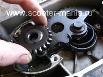 ремонт-кикстартера-на-двухтактном-скутере15