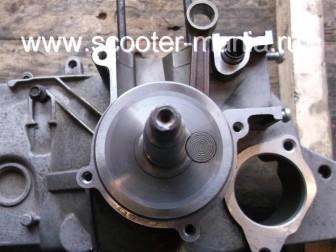 сборка-двигателя-1E41QMB-скутера-2Т42