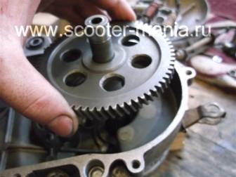 сборка-двигателя-1E41QMB-скутера-2Т72