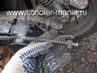 как-снять-двигатель-на-скутере11