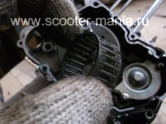 разборка-двигателя-157QMJ-скутера-4t-объемом-150-CC161