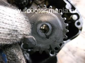 разборка-двигателя-157QMJ-скутера-4t-объемом-150-CC188