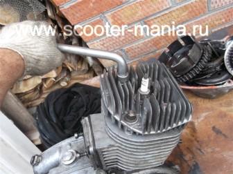 разборка-двигателя-мотороллера-муравей82