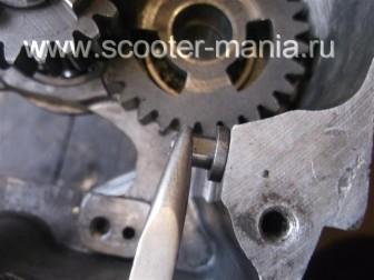 Собираем-КПП-мотоцикла-Восход-3М189
