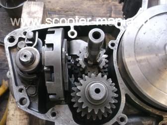 Собираем-КПП-мотоцикла-Восход-3М219