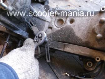 Полная-разборка-двигателя-скутера-2Т148