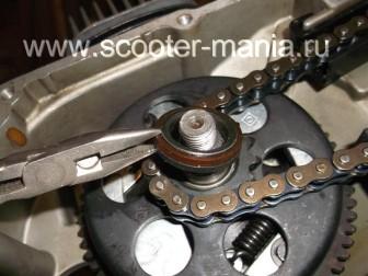 сборка-двигателя-1E41QMB-скутера-2Т102