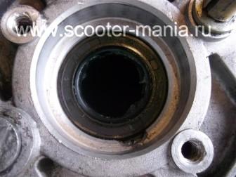сборка-двигателя-1E41QMB-скутера-2Т143