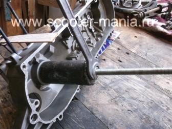 сборка-двигателя-1E41QMB-скутера-2Т39
