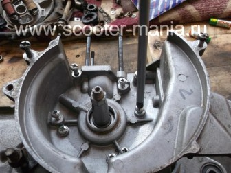 сборка-двигателя-1E41QMB-скутера-2Т49