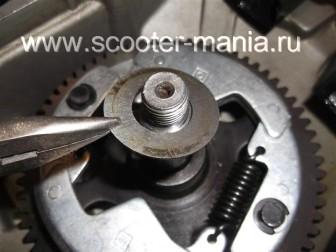 сборка-двигателя-1E41QMB-скутера-2Т96