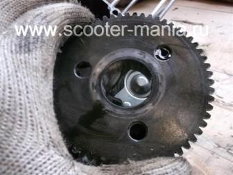 разборка-двигателя-157QMJ-скутера-4t-объемом-150-CC157