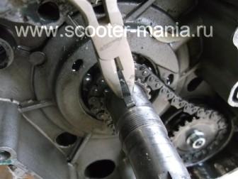 разборка-двигателя-157QMJ-скутера-4t-объемом-150-CC178