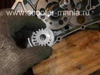 сборка-ремонт-двигателя-157-QMJ-скутера-4т138
