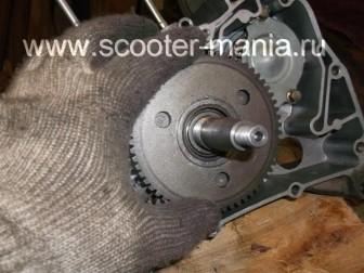 сборка-ремонт-двигателя-157-QMJ-скутера-4т142