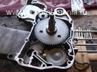 сборка-ремонт-двигателя-157-QMJ-скутера-4т156