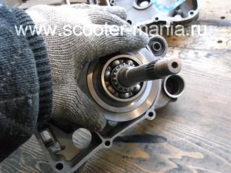 сборка-ремонт-двигателя-157-QMJ-скутера-4т38