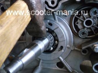 сборка-ремонт-двигателя-157-QMJ-скутера-4т41