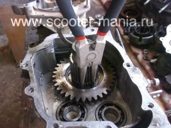 Разбираем-двигатель-QJ-1E40QMB-квадроцикла-Stels-ATV-50146