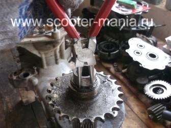 Разбираем-двигатель-QJ-1E40QMB-квадроцикла-Stels-ATV-50161