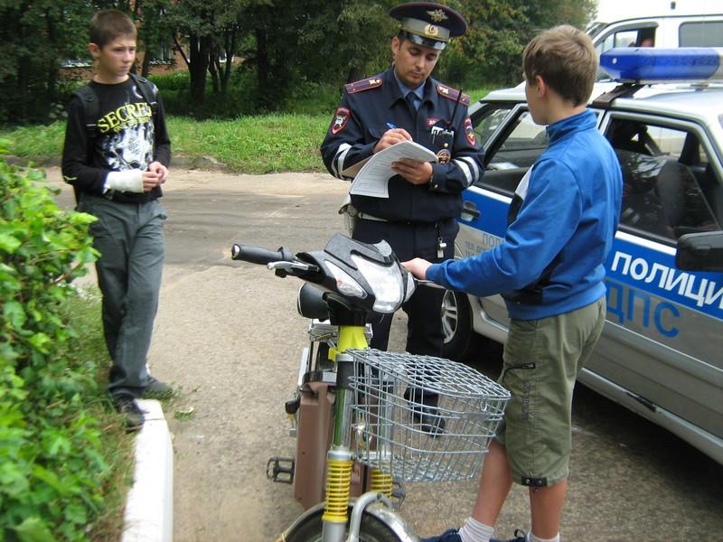 Категория «М» — Права на скутер. Какие штрафы ждут нарушителя?